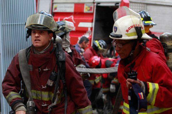 Consulte aquí el tabulador salarial de bomberos y funcionarios de PC
