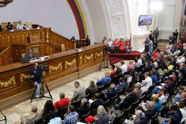 Maduro rendirá su memoria y cuenta 2017 ante la Constituyente