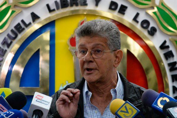 Ramos Allup: Sedes de AD fueron tomadas por colectivos y funcionarios de las FAES