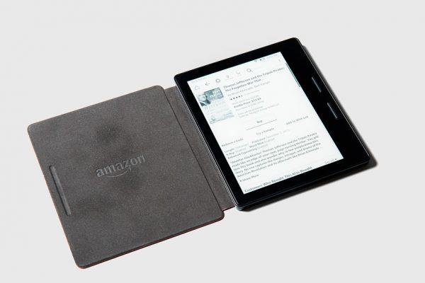 Amazon lanza su primer Kindle a prueba de agua