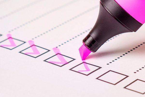 Análisis cualitativo en la evaluación de riesgo de un banco