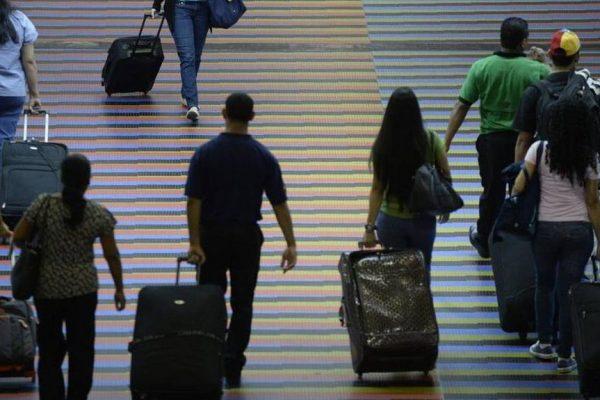 Más de 350.000 venezolanos han registrado su ingreso a Perú