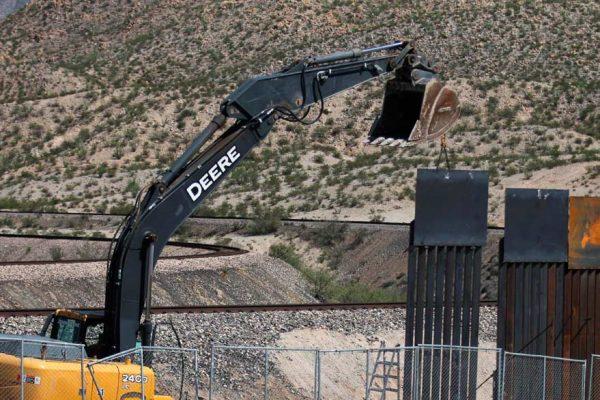 Demócratas rechazan uso de $1.000 millones del Pentágono en el muro fronterizo