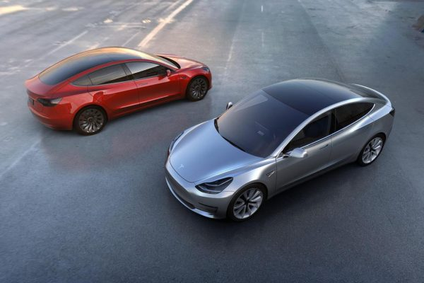Panasonic invertirá 100 millones de dólares en baterías EV para Tesla