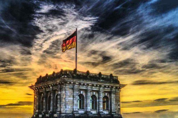 Economía alemana registrará una contracción de 10% del PIB en el segundo trimestre