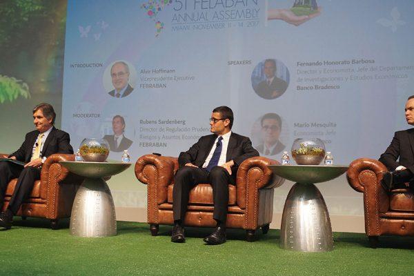 Presidente de Felaban: «economía regional se fortalecerá y crecerá en 2017, excepto Venezuela»