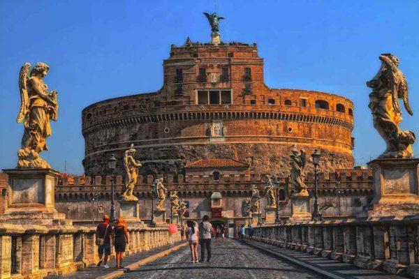 El turismo italiano se pregunta cómo convivir con el coronavirus