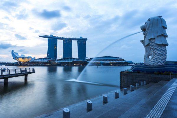 Singapur entra en recesión al desplomarse su economía en el segundo trimestre