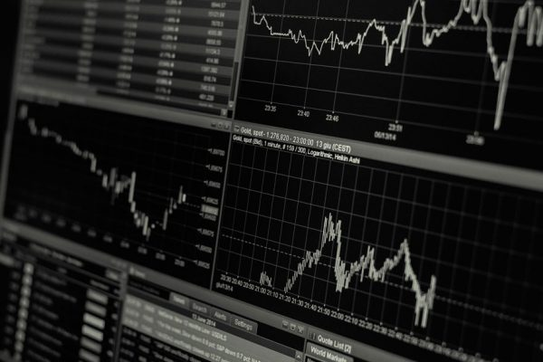 Deuda soberana denominada en dólares abre con caída promedio de 0,79 puntos