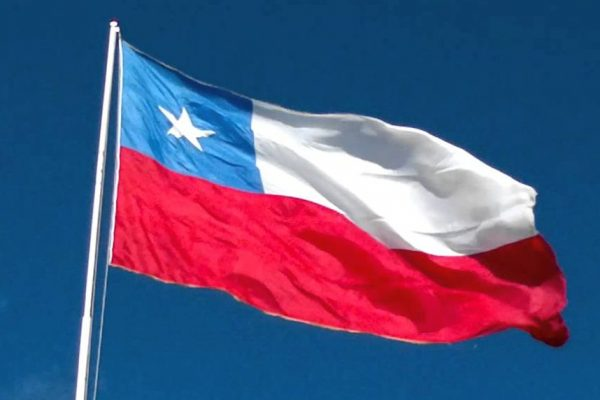 Un centenar de chilenos retornan de Venezuela escapando de la crisis