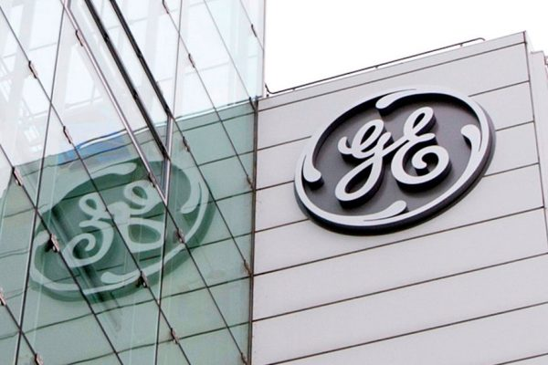 General Electric se tambalea en bolsa ante potencial acción legal en EEUU