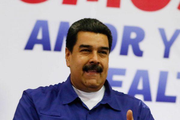 Maduro inscribirá su candidatura este martes ante el CNE