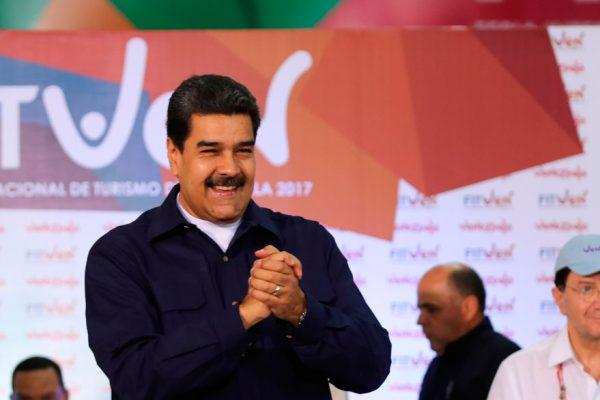 Maduro no descarta acudir al diálogo en República Dominicana