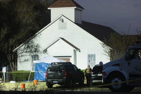 Estados Unidos de duelo por tiroteo en Texas