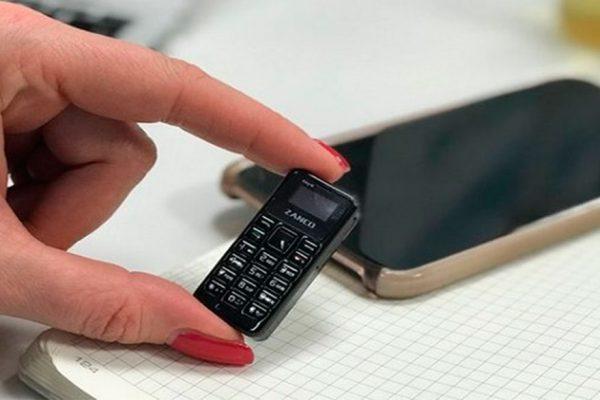 El teléfono móvil mas pequeño del mundo se llama Zanco tiny t1