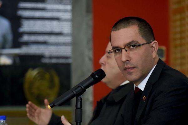 Jorge Arreaza se reunió en Bruselas con cancilleres europeos