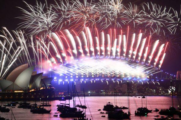 FOTOS | Así recibieron el año nuevo en el mundo