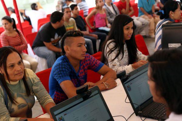 Gobierno inicia jornada especial de emisión de carnet de la patria