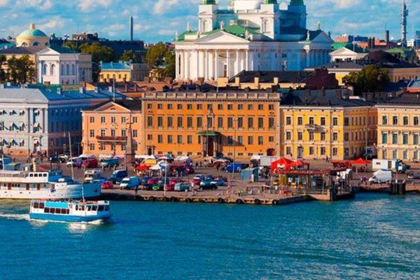 Finlandia levanta el aislamiento a su capital, pero mantiene restricciones