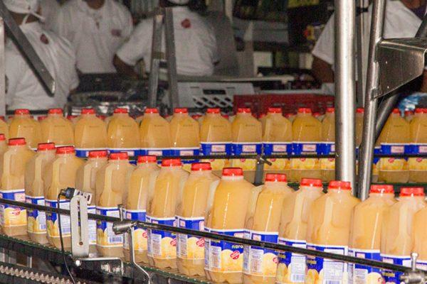 Exviceministro cobró $10 millones de comisión por venta de Lácteos Los Andes