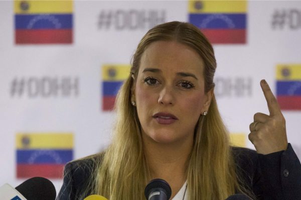 Lilian Tintori pide mayor presión europea para sacar a Maduro del poder