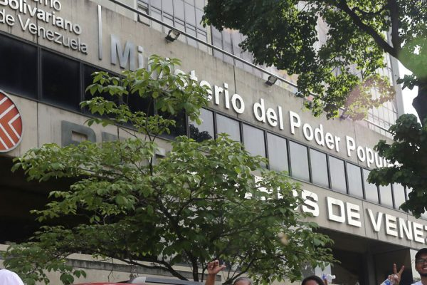 Cinco ex funcionarios venezolanos acusados de lavado de dinero en EEUU