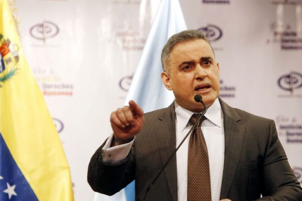 Fiscalía solicita a Interpol detener a Bernard Mommer