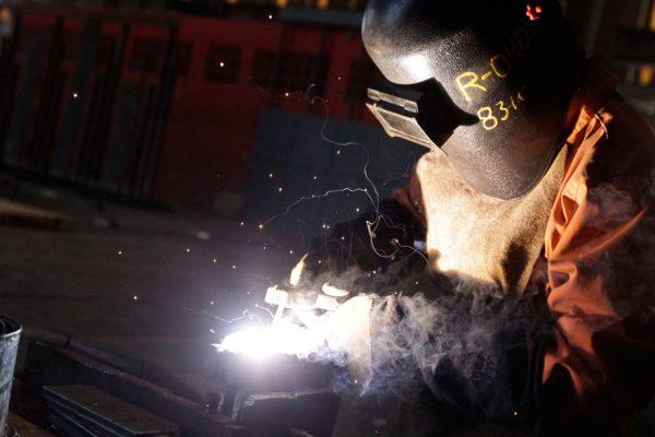 Débil crecimiento aumentará la informalidad laboral en América Latina
