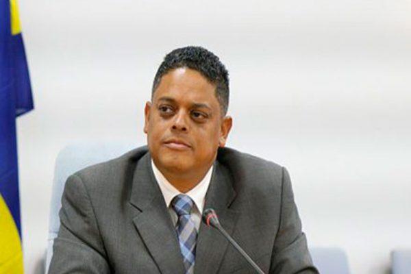 """Curazao calificó de """"lamentable"""" cierre de comunicaciones con Venezuela"""