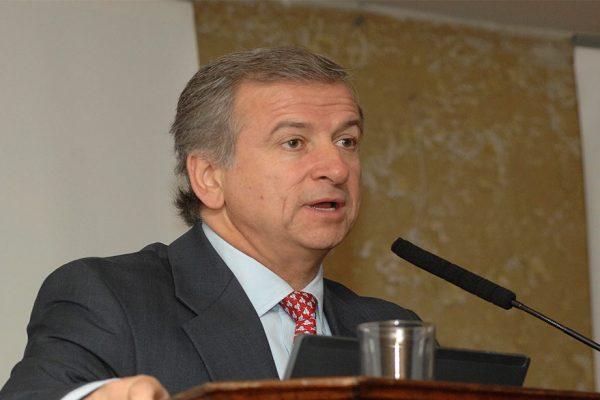 Futuro ministro de Hacienda de Chile espera crecimiento en torno a un 3,5% en 2018