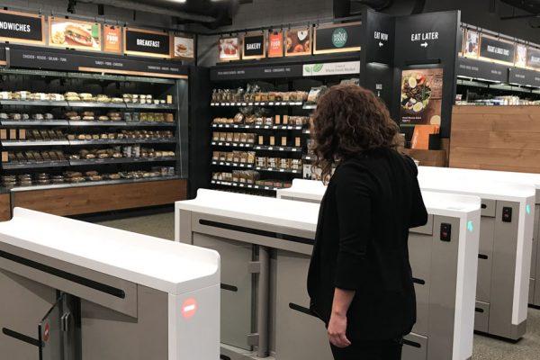 Amazon abre al público su supermercado sin cajeros