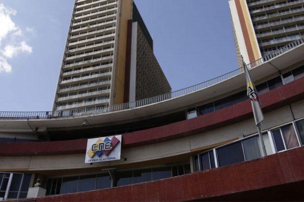 CNE planea elecciones de concejos municipales para el 9 de diciembre