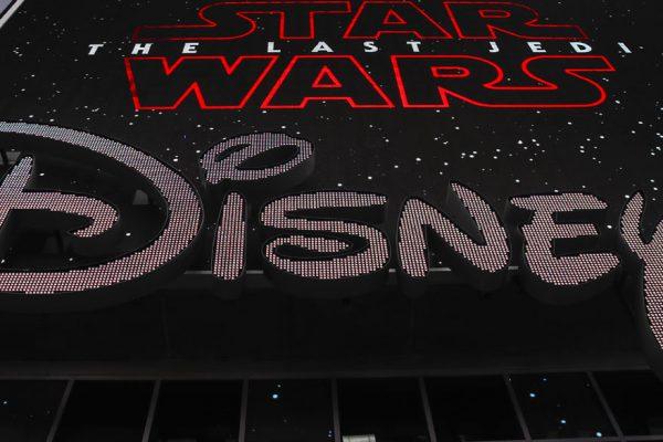 Comcast ofrece $65.000 millones por Fox, superando oferta de Disney