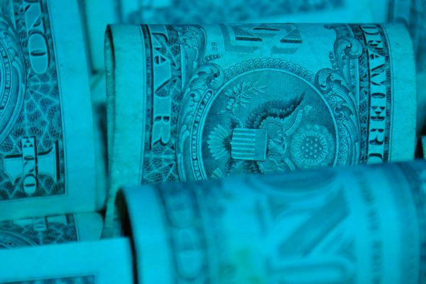 Tasa Dicom da un salto y se ubica en BsS 188,54 por dólar