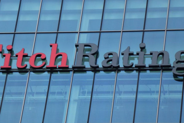 Fitch degrada la perspectiva para la calificación de México