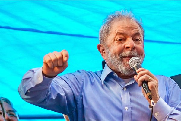 Corte de apelaciones reduce sustancialmente pena de Lula por corrupción