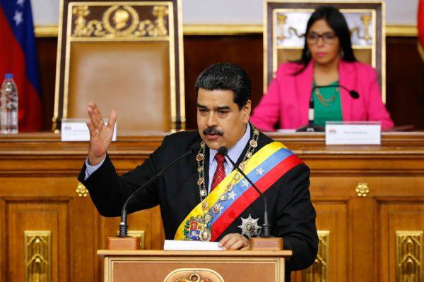 El plan de Maduro para 2018: Más controles, Pdvsa, Dicom y Petro