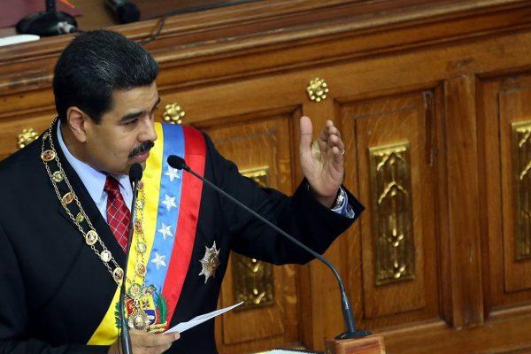 Maduro: Petro será el centro de la política financiera
