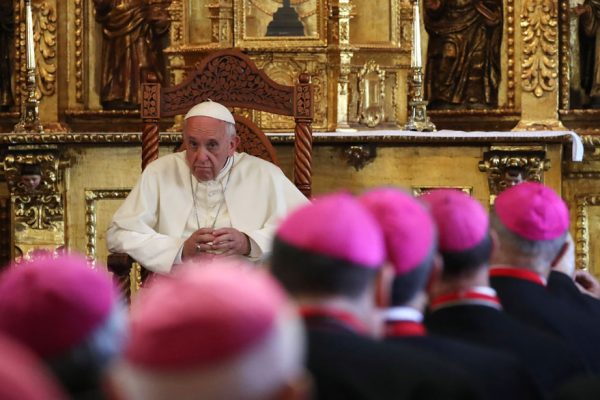 El papa celebrará Semana Santa sin fieles a causa del Covid-19
