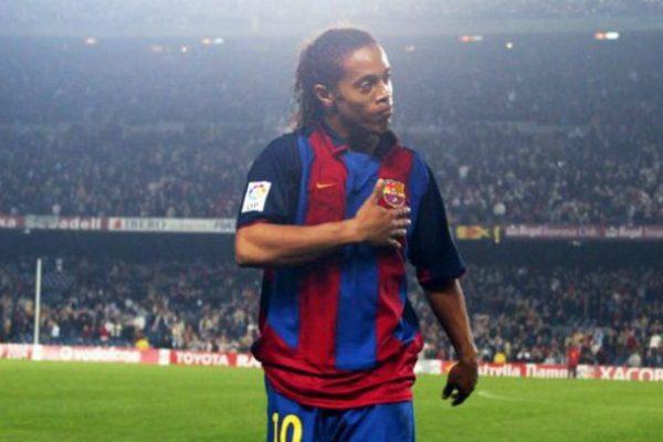 Ronaldinho se retira del fútbol