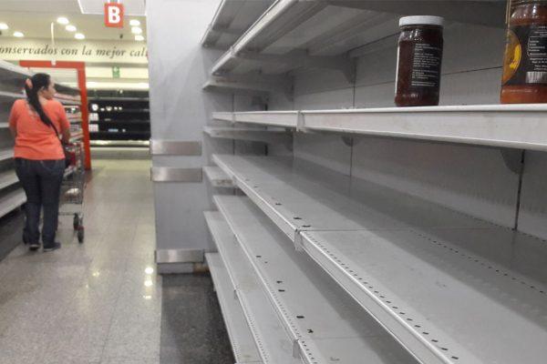 Gobierno admite escasez de alimentos de 67% en primer semestre