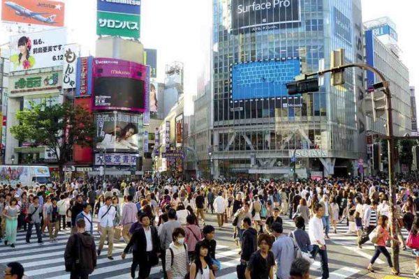 Vacunas gratis para toda la población japonesa, según proyecto de ley adoptado