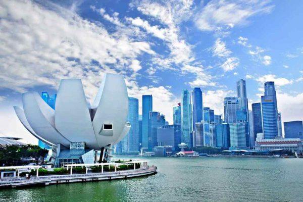 Singapur anuncia ayudas de $4.500 millones para contrarrestar coronavirus