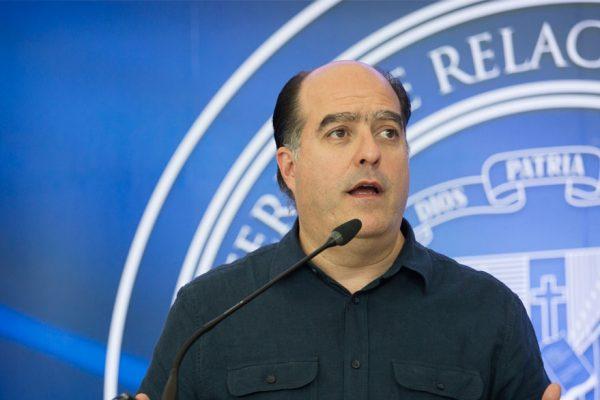 Julio Borges: asesores militares iraníes dieron cursos a efectivos de la FANB