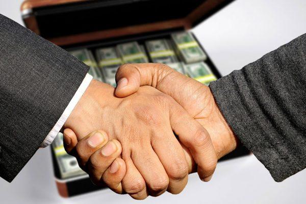 Expertos | ¿Cómo enfrentar la corrupción en las empresas?