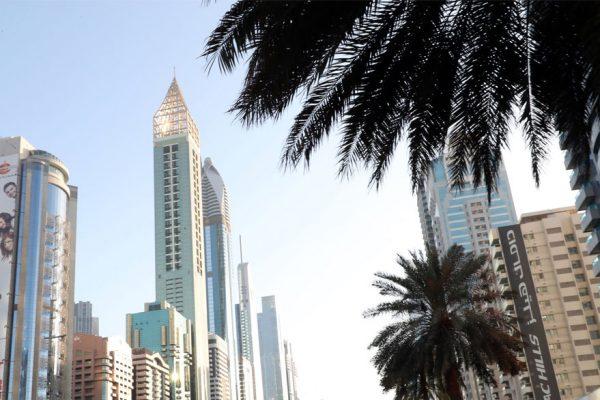 Inauguran en Dubai el hotel más alto del mundo