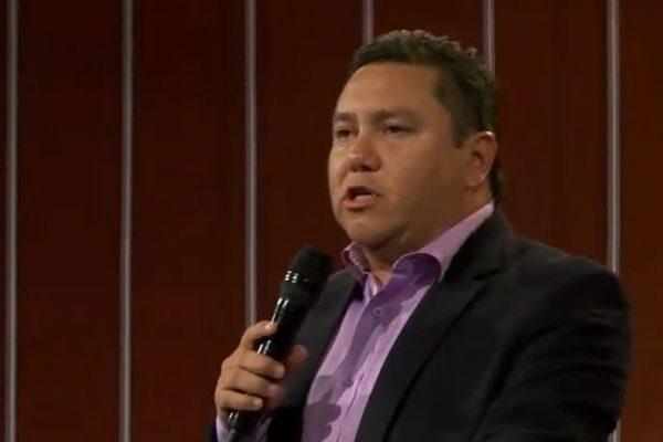 Pastor evangélico Javier Bertucci se lanza a la contienda presidencial