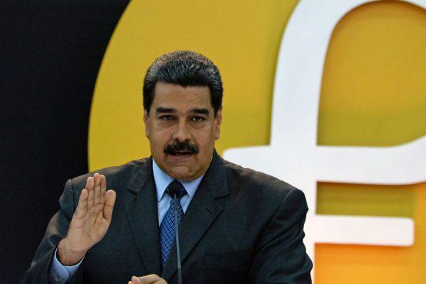 Maduro promete «buenas noticias» sobre el petro la próxima semana
