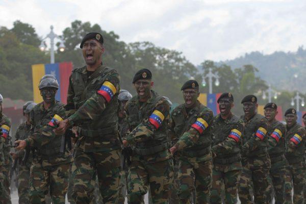Los militares: la columna vertebral de Maduro