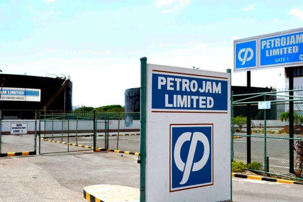 Jamaica presenta oferta para comprar parte de Pdvsa en refinería Petrojam